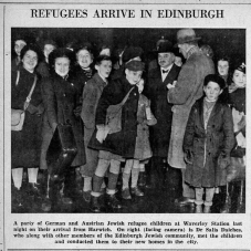 Rabbi Daiches welcomes Kindertransport children at Waverley Station, Edinburgh. Amongst this group was Rosa Goldschal, aged thirteen, who worked in Edinburgh as a domestic servant, despite her young age. Image credit: © Scotsman Publications.