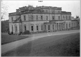 Whittingehame House (Image courtesy of the Scottish Jewish Archives Centre.)